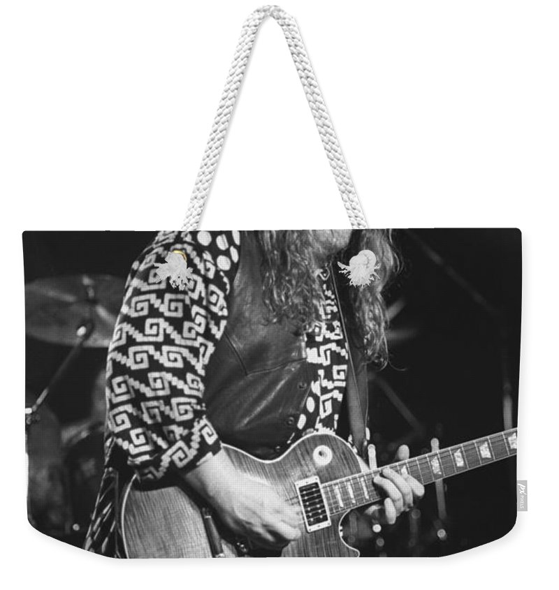 Guitarist Weekender Tote Bag featuring the photograph Warren Haines by Concert Photos