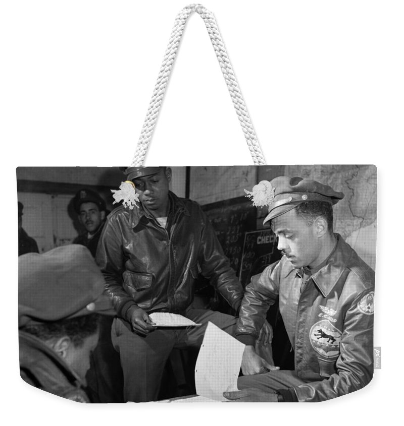 1945 Weekender Tote Bag featuring the photograph Wwii: Tuskegee Airmen, 1945 by Granger