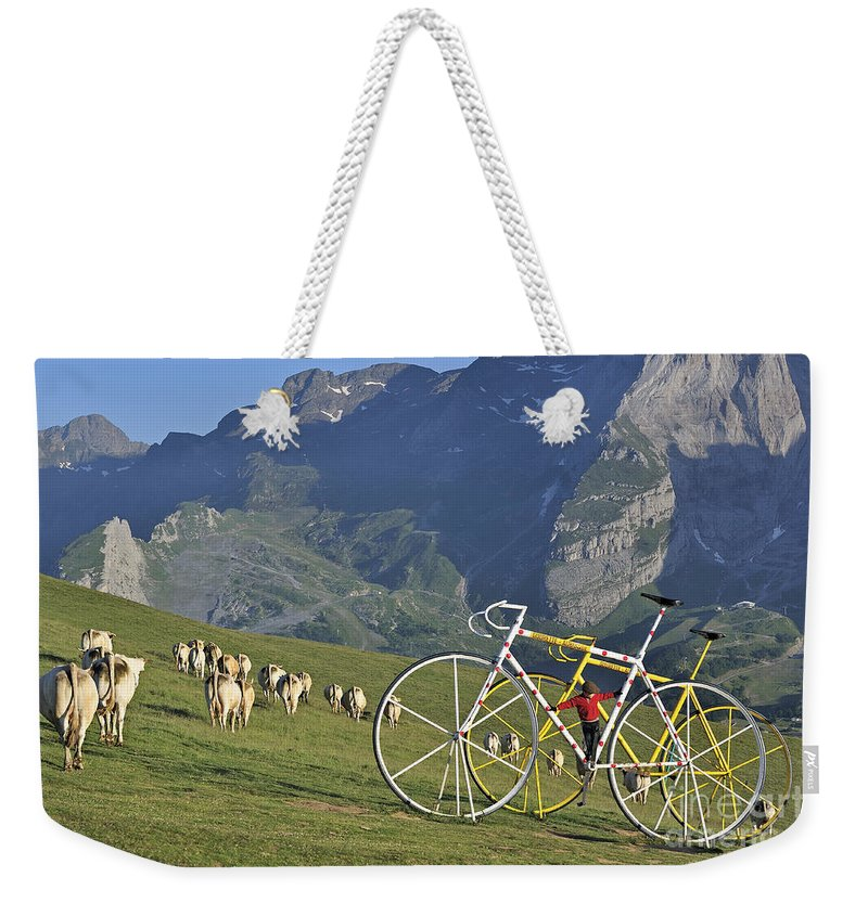 Statue Weekender Tote Bag featuring the photograph 120520p230 by Arterra Picture Library