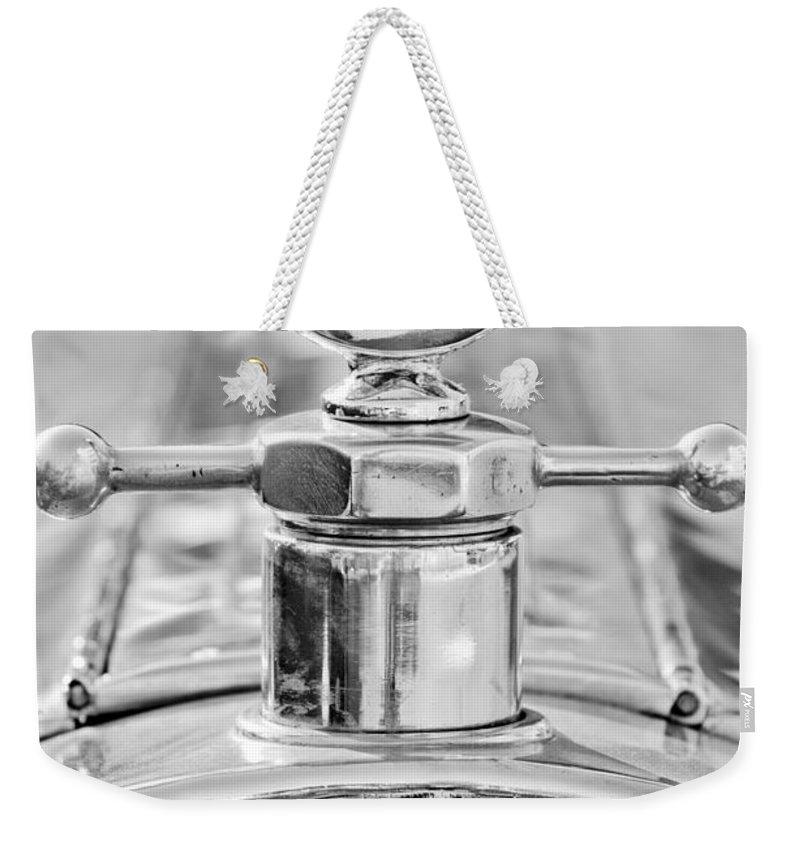 1920 Pierce-arrow Model 48 Coupe Hood Ornament - Motometer Weekender Tote Bag featuring the photograph 1920 Pierce-arrow Model 48 Coupe Hood Ornament - Motometer by Jill Reger