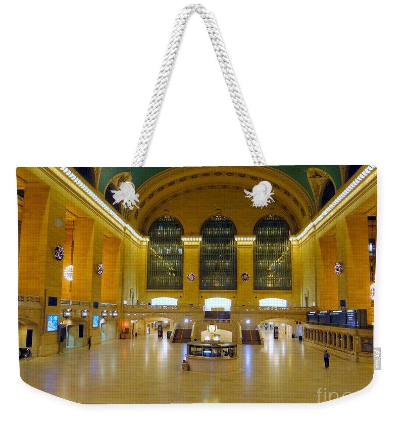 Grand Central Station Weekender Tote Bag featuring the photograph 2 A.m.grand Central Station by Ed Weidman