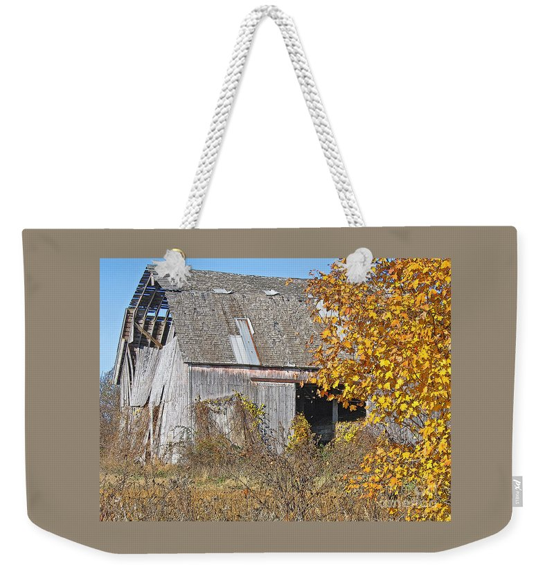 Vintage Weekender Tote Bag featuring the photograph Autumn Barn by Ann Horn
