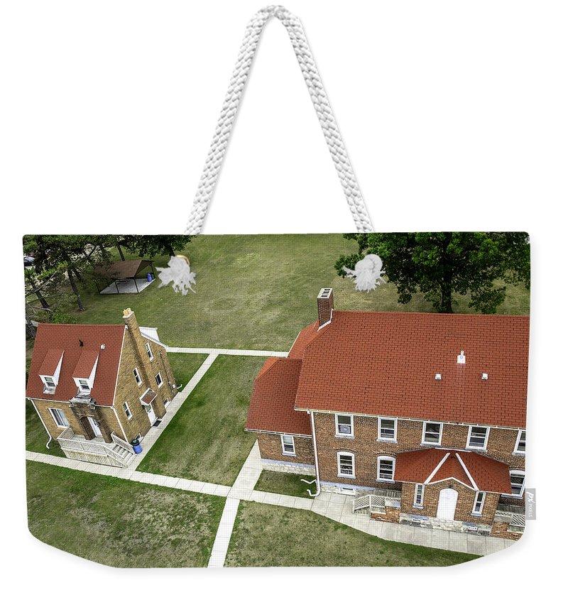 Usa Weekender Tote Bag featuring the photograph Fort Gratiot Light House by LeeAnn McLaneGoetz McLaneGoetzStudioLLCcom