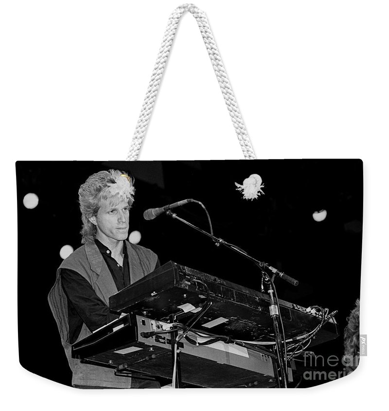 The Hooters Weekender Tote Bag featuring the photograph Hooters by Concert Photos