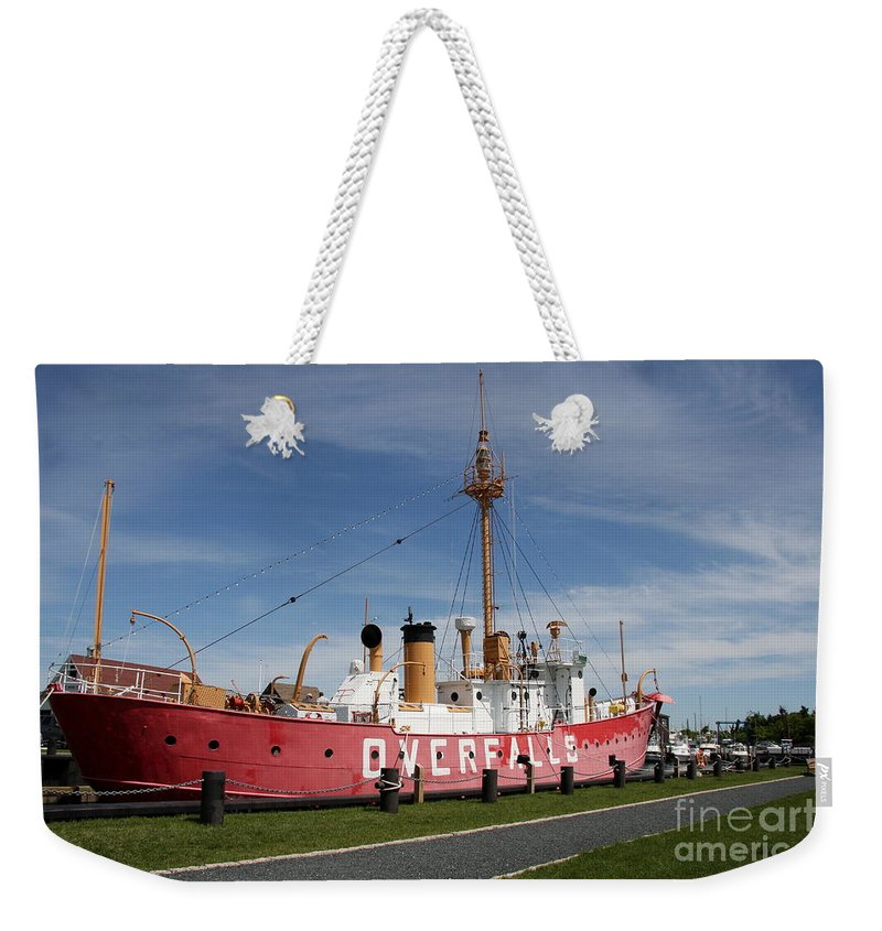 Light Vessel Weekender Tote Bag featuring the photograph Light Vessel Overfalls by Christiane Schulze Art And Photography