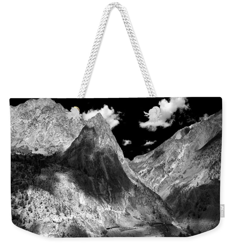 Black Weekender Tote Bag featuring the photograph Pine Creek by Cat Connor