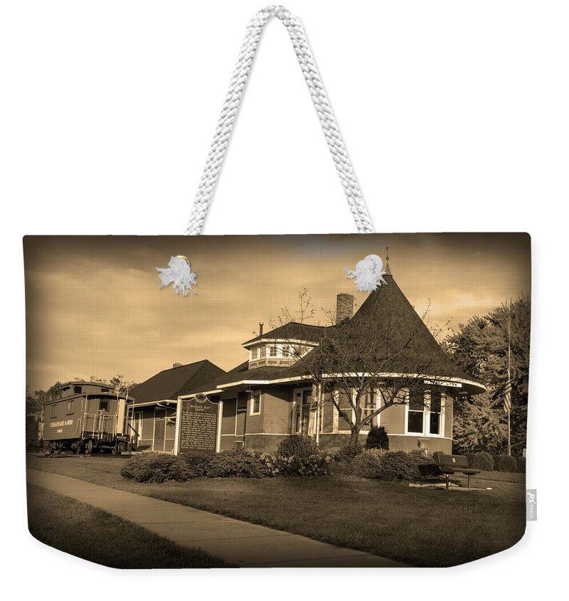 Witch's Hat Railroad Depot Weekender Tote Bag featuring the photograph Witch's Hat Railroad Depot by Paul Cannon