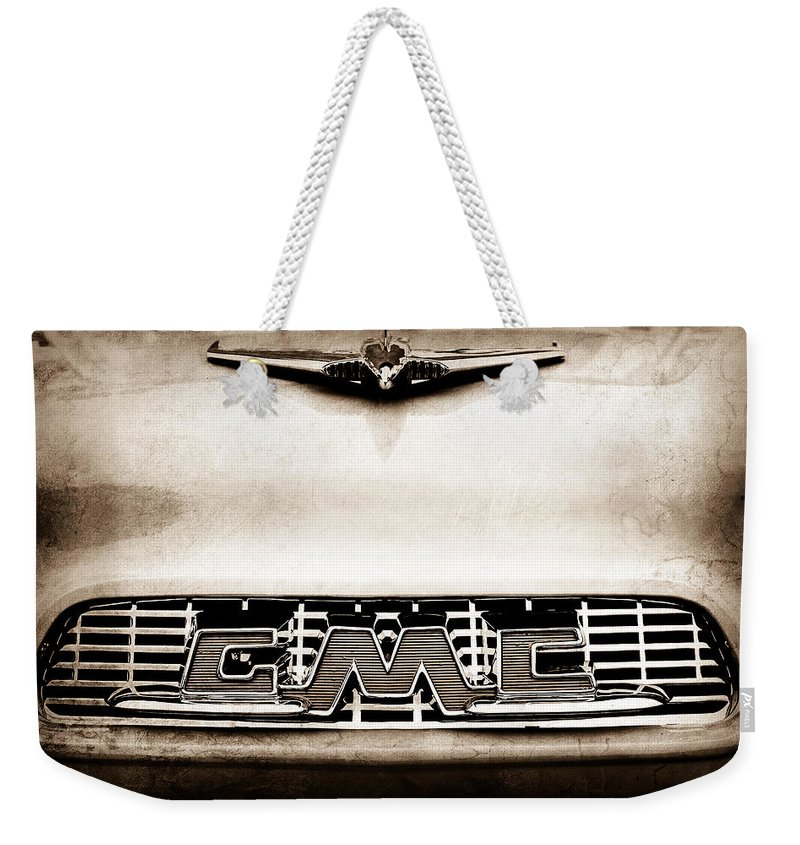 1956 Gmc 100 Deluxe Edition Pickup Truck Hood Ornament Weekender Tote Bag featuring the photograph 1956 Gmc 100 Deluxe Edition Pickup Truck Hood Ornament - Grille Emblem by Jill Reger