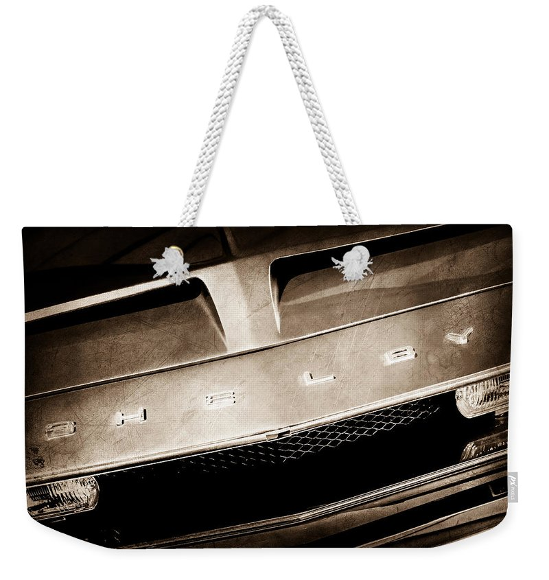 1968 Shelby Gt 500 Kr Fastback Grille Emblem Weekender Tote Bag featuring the photograph 1968 Shelby Gt 500 Kr Fastback Grille Emblem by Jill Reger
