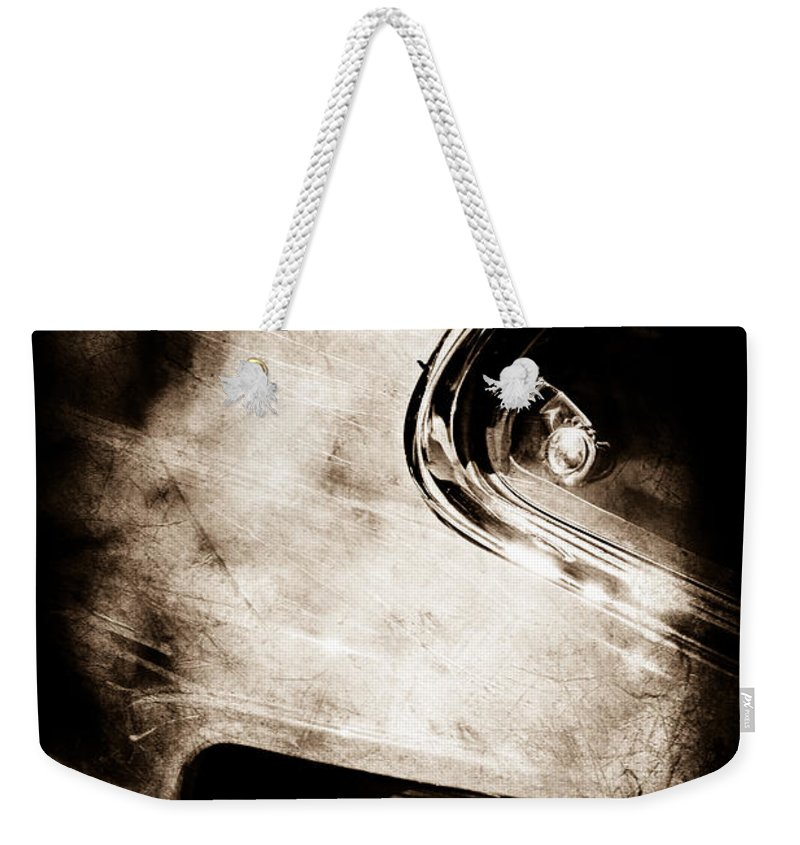 1969 Ford Mustang Boss 429 Sportsroof Side Emblem Weekender Tote Bag featuring the photograph 1969 Ford Mustang Boss 429 Sportsroof Side Emblem by Jill Reger