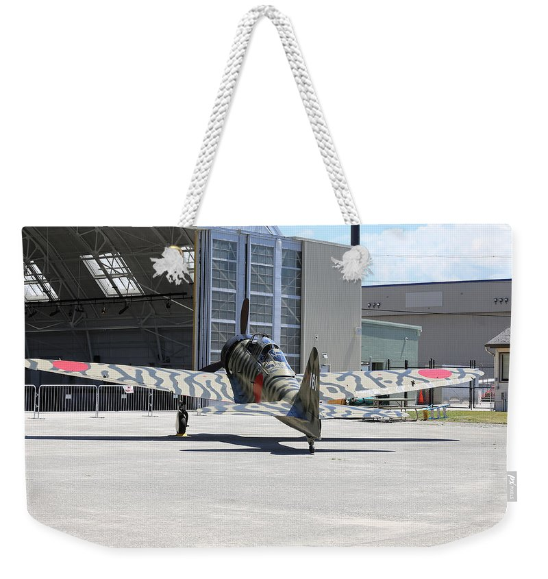 War Weekender Tote Bag featuring the photograph Mitsubishi A6m3-22 Reisen Zero by Paul Fell