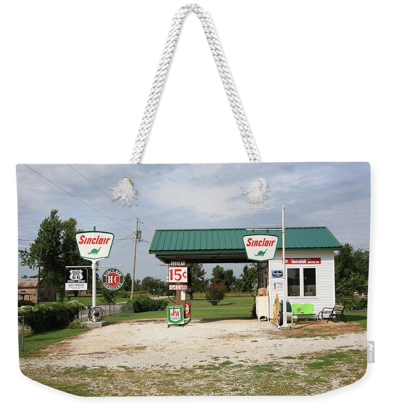 66 Weekender Tote Bag featuring the photograph Route 66 - Paris Springs Missouri by Frank Romeo