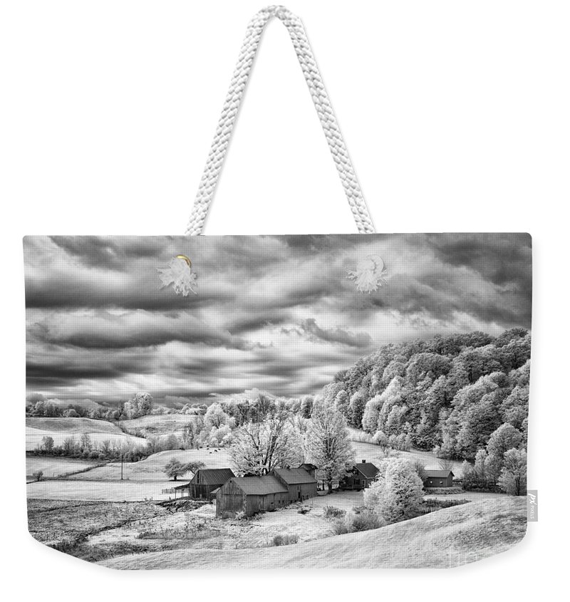 Farm Weekender Tote Bag featuring the photograph Down In The Valley by Claudia Kuhn