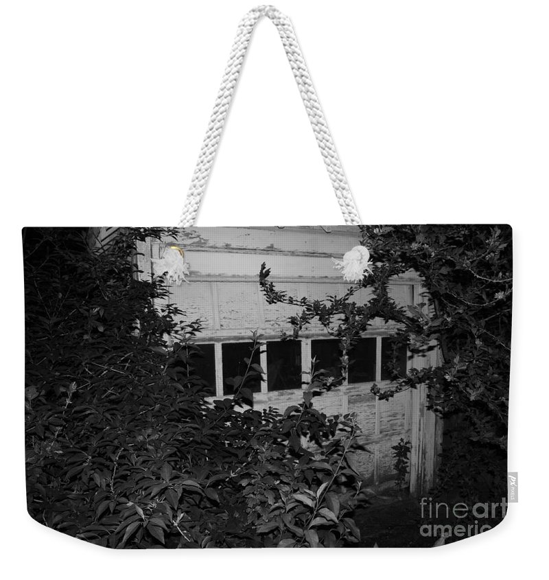 Abandoned And Old Weekender Tote Bag featuring the photograph Abandoned And Old by John Telfer