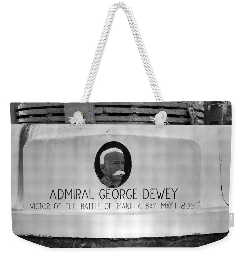 Admiral George Dewey Weekender Tote Bag featuring the photograph Admiral Dewey Monument by David Lee Thompson