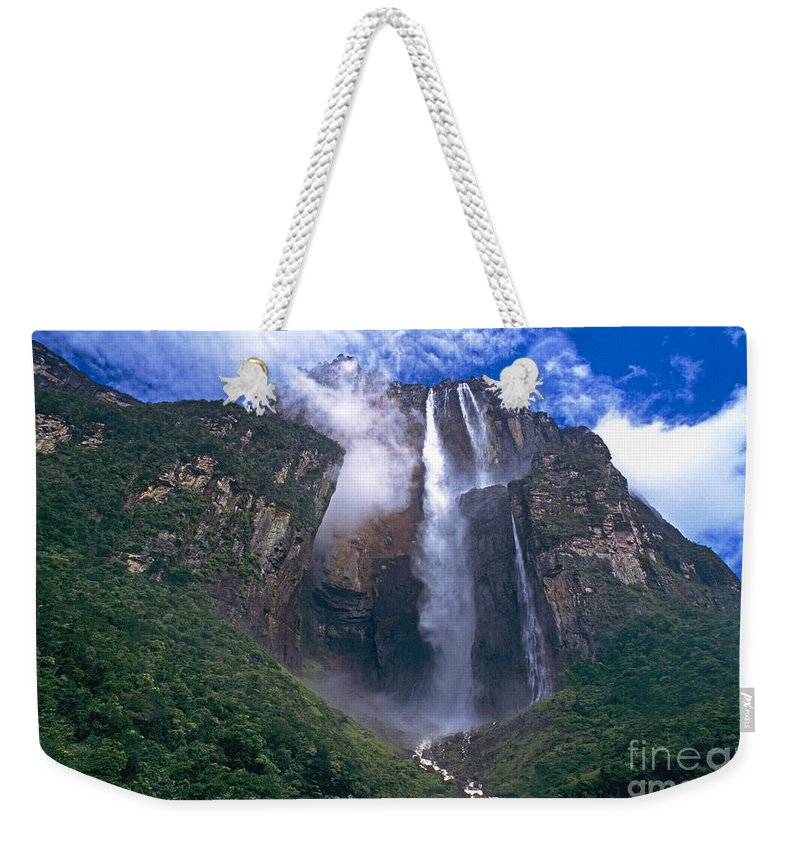 Venezuela Weekender Tote Bag featuring the photograph Angel Falls In Canaima National Park Venezuela by Dave Welling