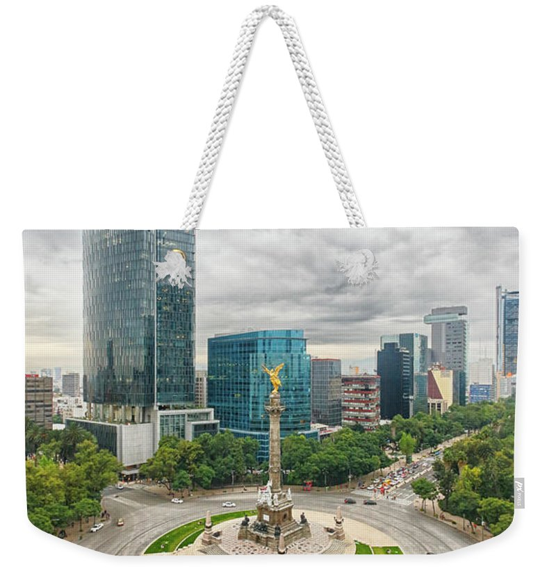 Mexico City Weekender Tote Bag featuring the photograph Angel Of Independence, Mexico City by Sergio Mendoza Hochmann