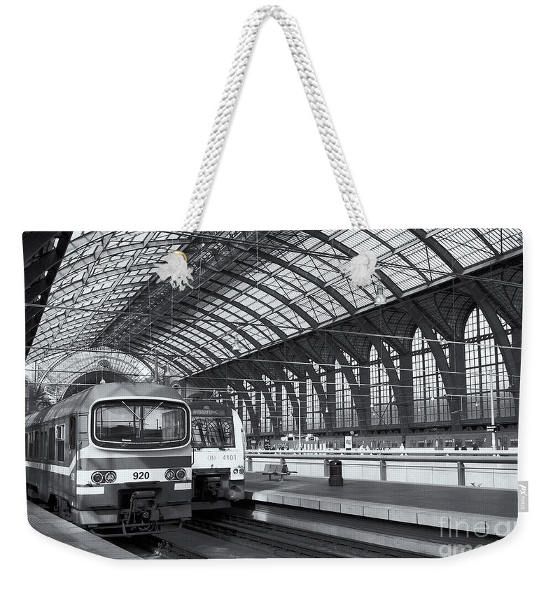 Clarence Holmes Weekender Tote Bag featuring the photograph Antwerp Central Station II by Clarence Holmes