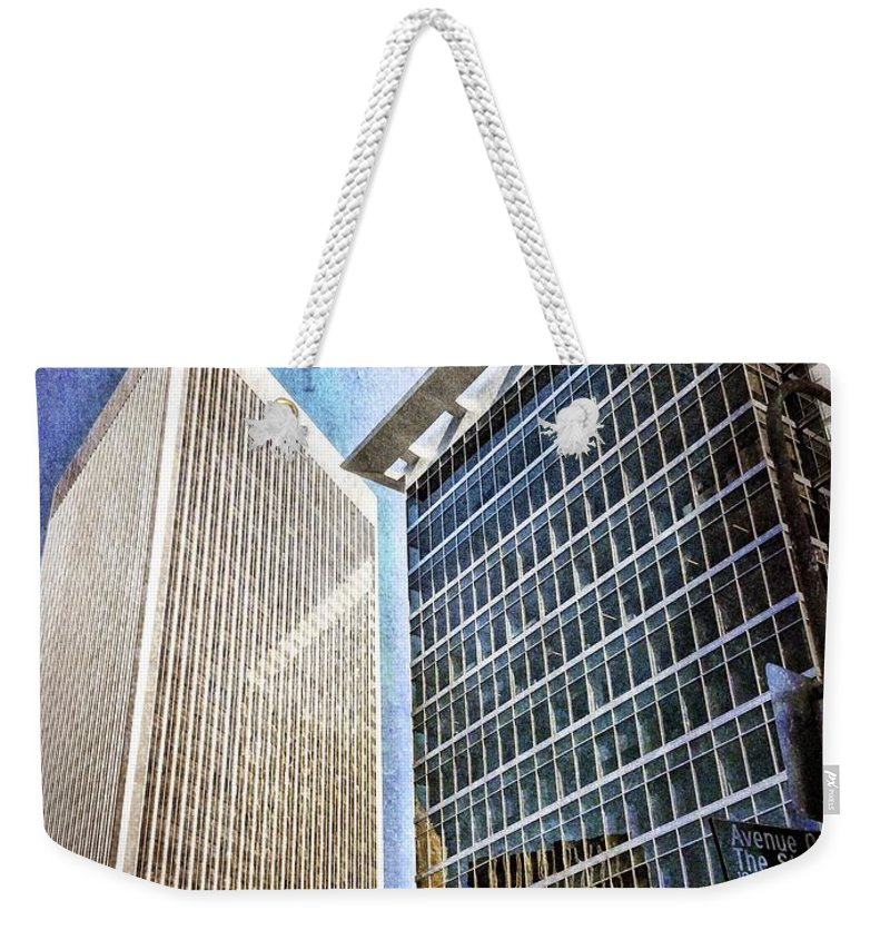 Los Angeles Weekender Tote Bag featuring the photograph Avenue Of The Stars by Mark David Gerson