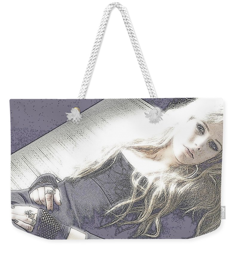 Avril Lavigne Weekender Tote Bag featuring the photograph Avril Lavigne by Lyriel Lyra