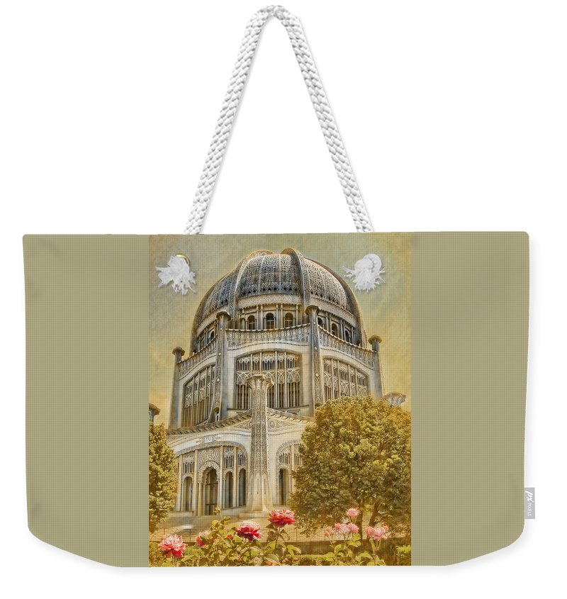 Architecture Weekender Tote Bag featuring the photograph Baha'i Temple In Wilmette by Rudy Umans