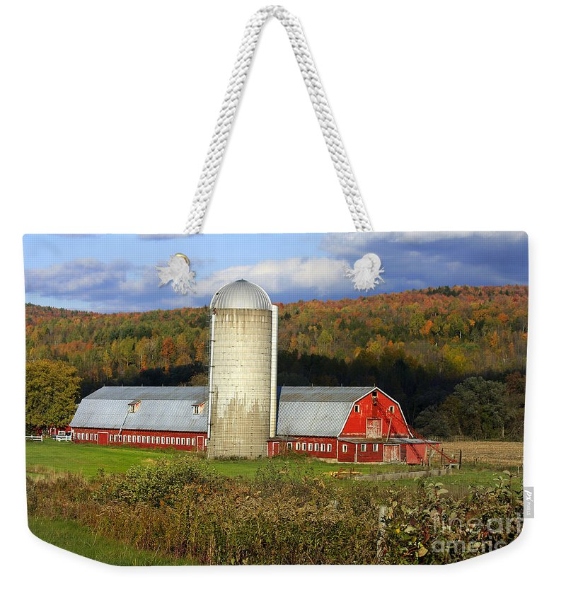 Landscape Weekender Tote Bag featuring the photograph Barn On The River Rd. by Deborah Benoit