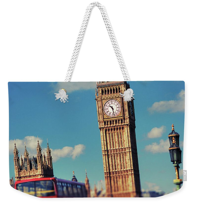Clock Tower Weekender Tote Bag featuring the photograph Big Ben And Commuter Traffic by Doug Armand