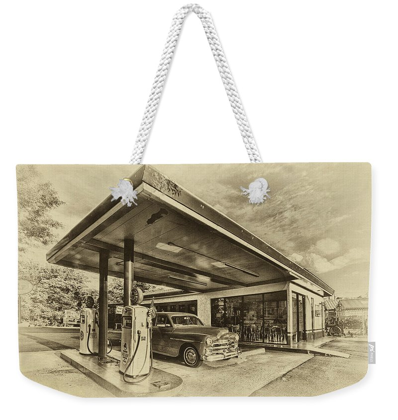 Bing's Burgers Weekender Tote Bag featuring the photograph Bings Burgers by Priscilla Burgers