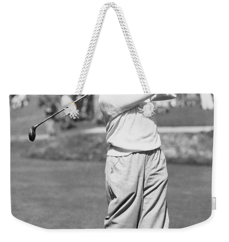 1 Person Only Weekender Tote Bag featuring the photograph Bobby Jones At Pebble Beach by Underwood Archives