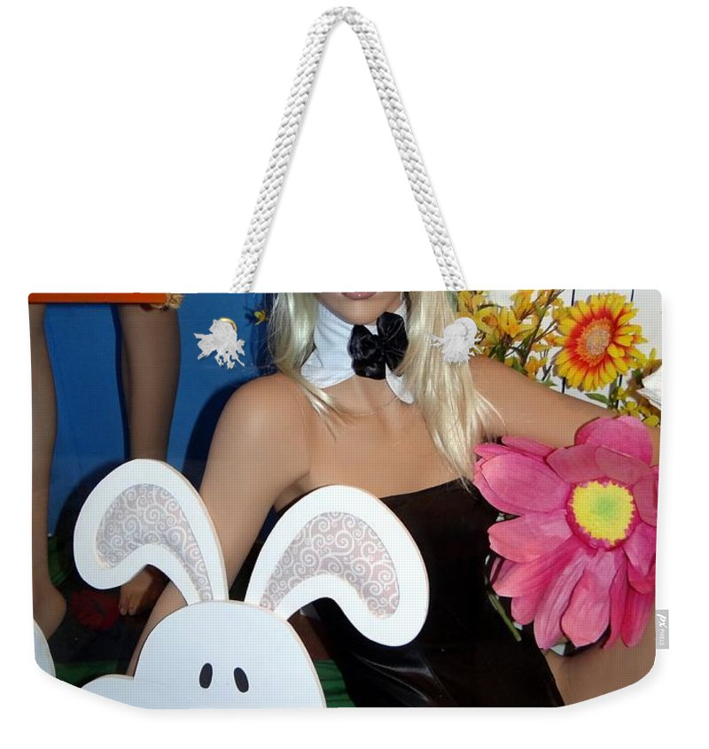 Blonde Weekender Tote Bag featuring the photograph Bow Tie Blonde by Ed Weidman