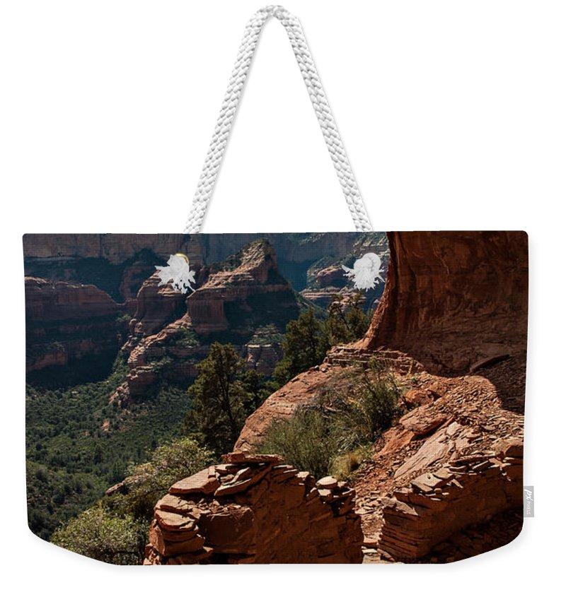 Sedona Weekender Tote Bag featuring the photograph Boynton Canyon 08-160 by Scott McAllister