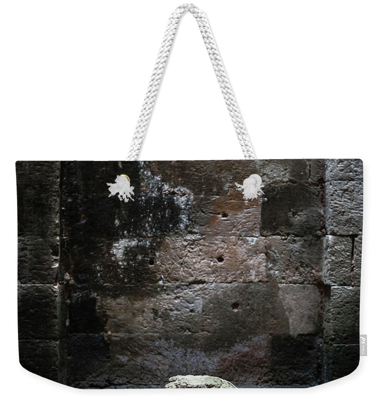 Tranquility Weekender Tote Bag featuring the photograph Budha by Www.sergiodiaz.net