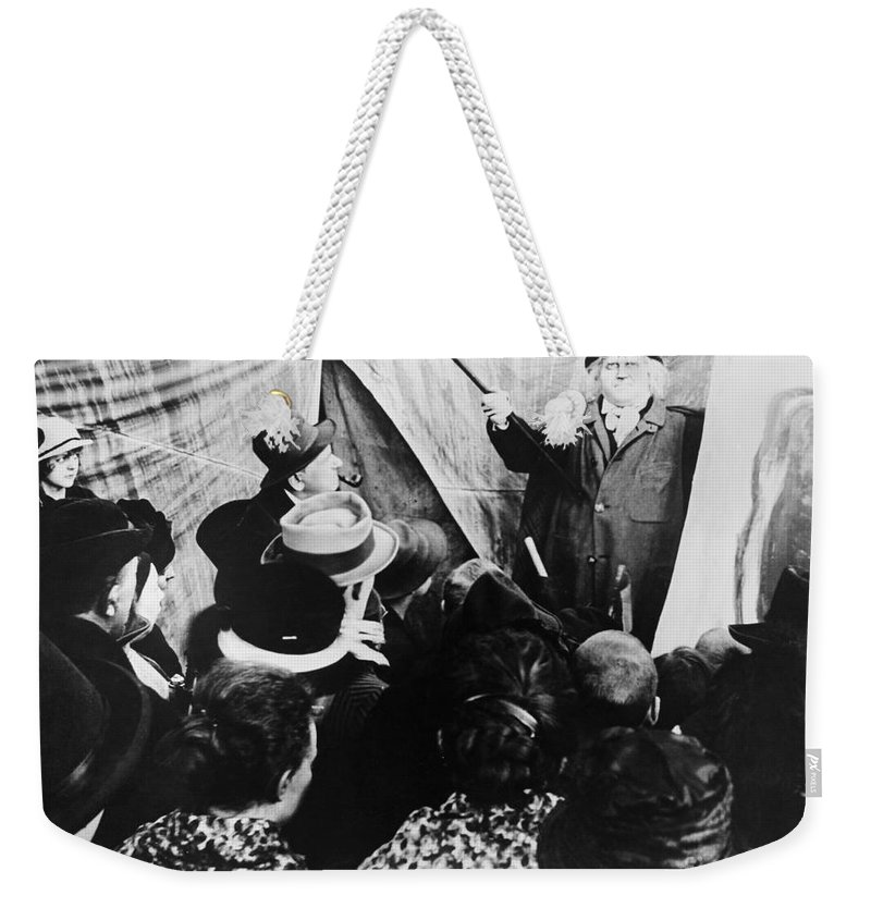 1919 Weekender Tote Bag featuring the photograph Cabinet Of Dr. Caligari by Granger