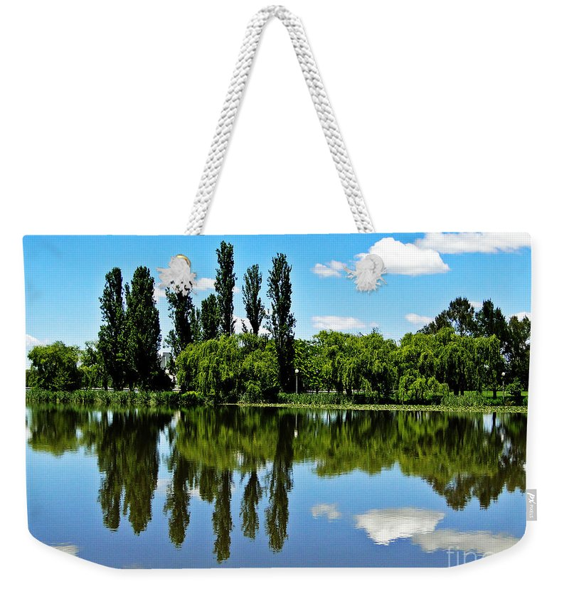 Canberra Weekender Tote Bag featuring the photograph Canberra 6 by Ben Yassa