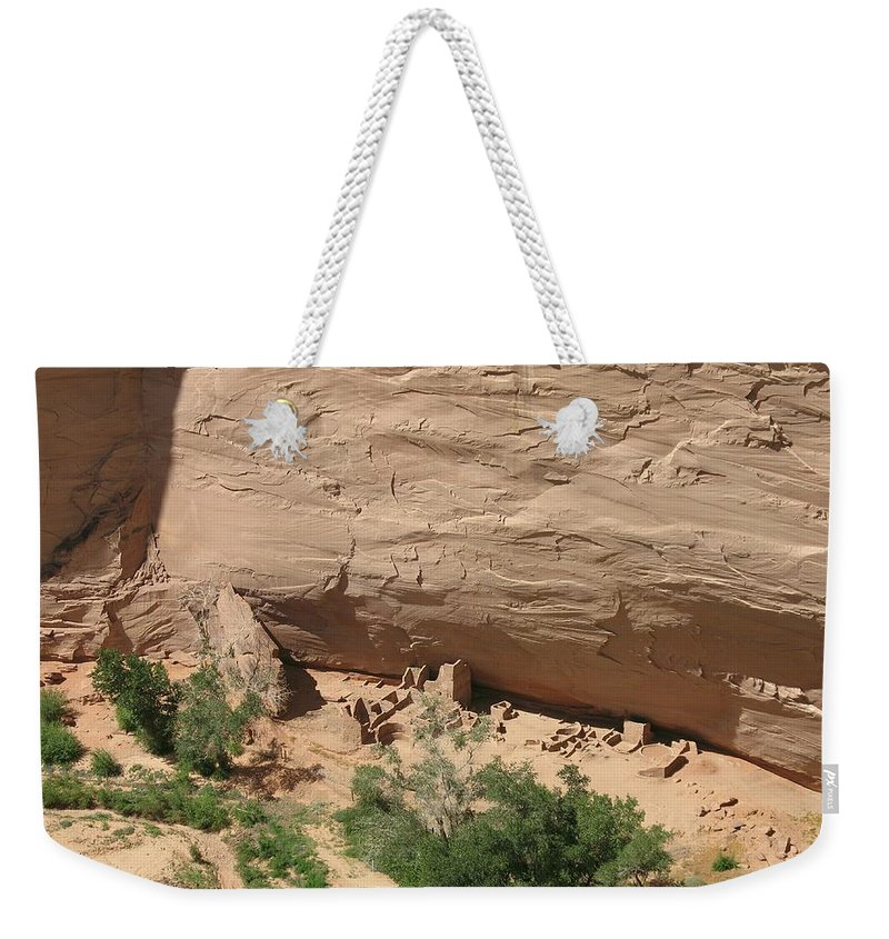 Canyon Weekender Tote Bag featuring the photograph Canyon De Chelly Ruins by Christiane Schulze Art And Photography