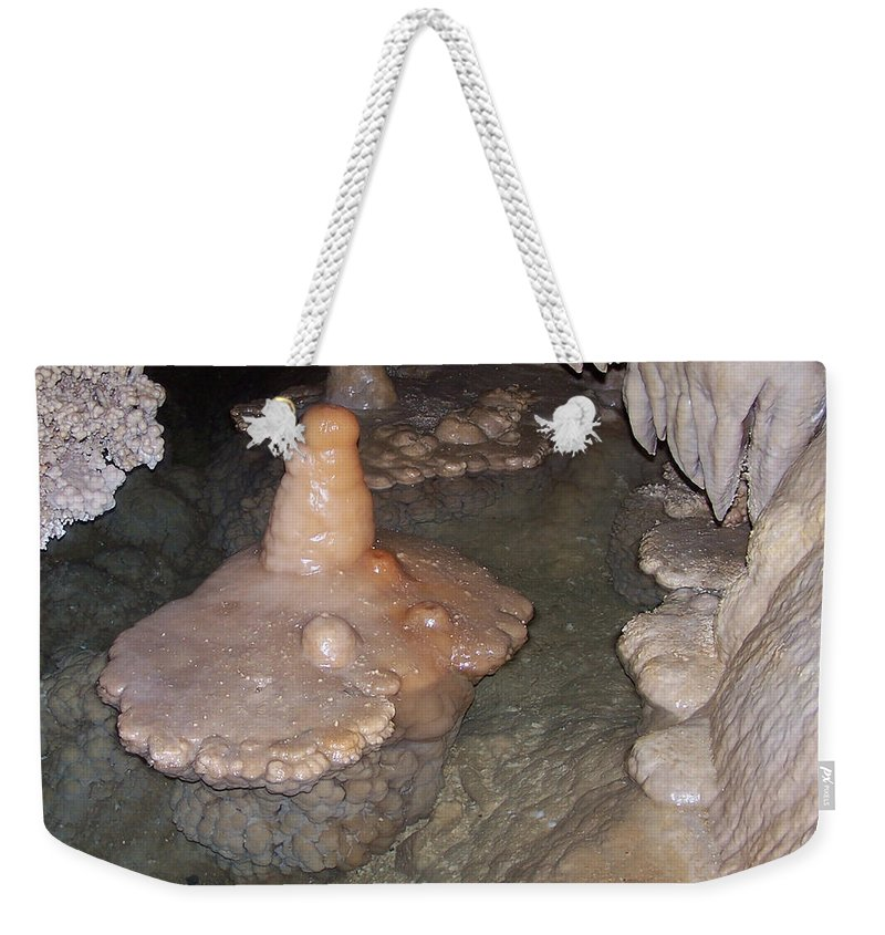 Cave Formations Weekender Tote Bag featuring the photograph Cave Formations 52 by Ernie Echols