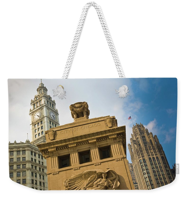Relief Carving Weekender Tote Bag featuring the photograph Chicago by Jmsilva