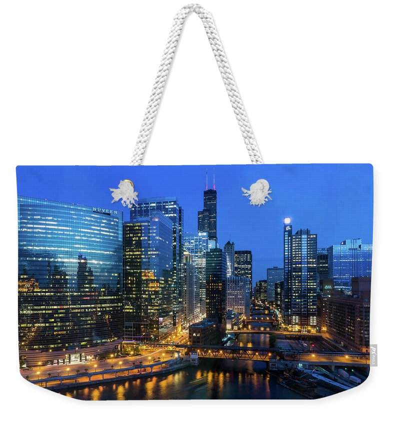 Tranquility Weekender Tote Bag featuring the photograph Chicago Skyline by Michael Lee