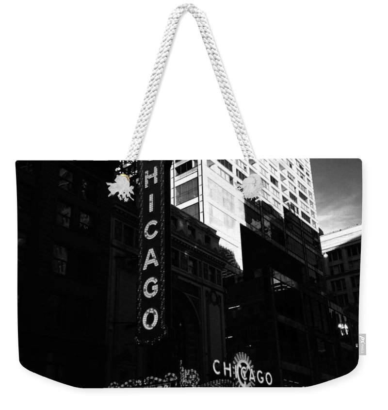 Weekender Tote Bag featuring the photograph Chicago Theater by Sue Conwell