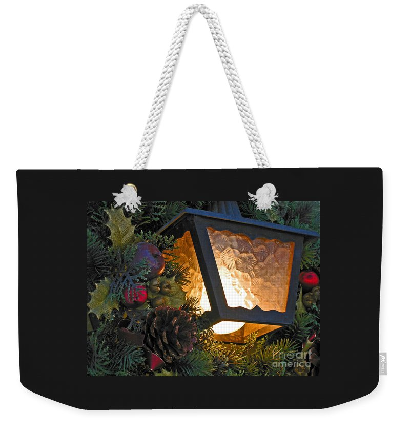 Christmas Weekender Tote Bag featuring the photograph Christmas Welcome by Ann Horn