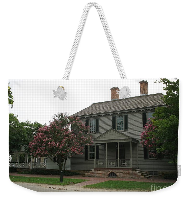 Clapboard House Weekender Tote Bag featuring the photograph Clapboard House Colonial Williamsburg by Christiane Schulze Art And Photography