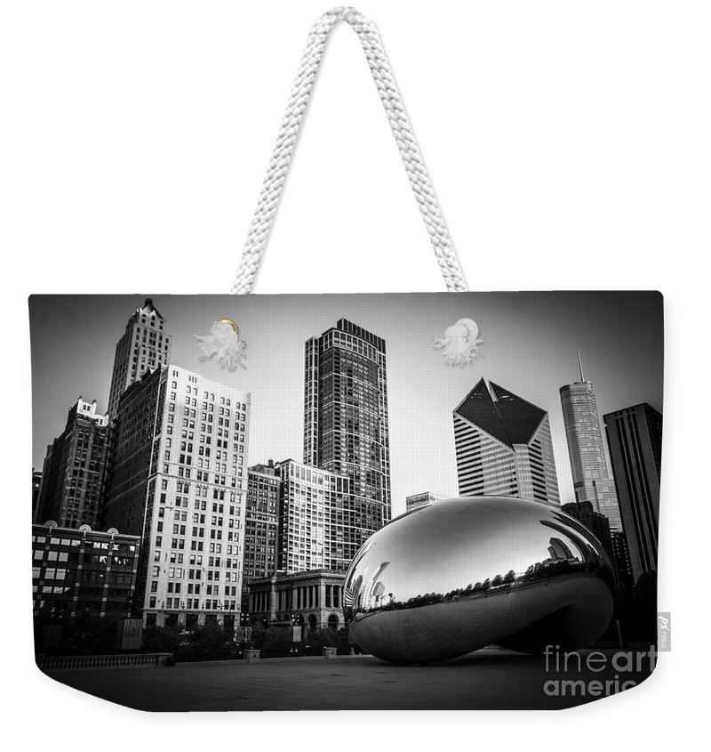 America Weekender Tote Bag featuring the photograph Cloud Gate Bean Chicago Skyline in Black and White by Paul Velgos