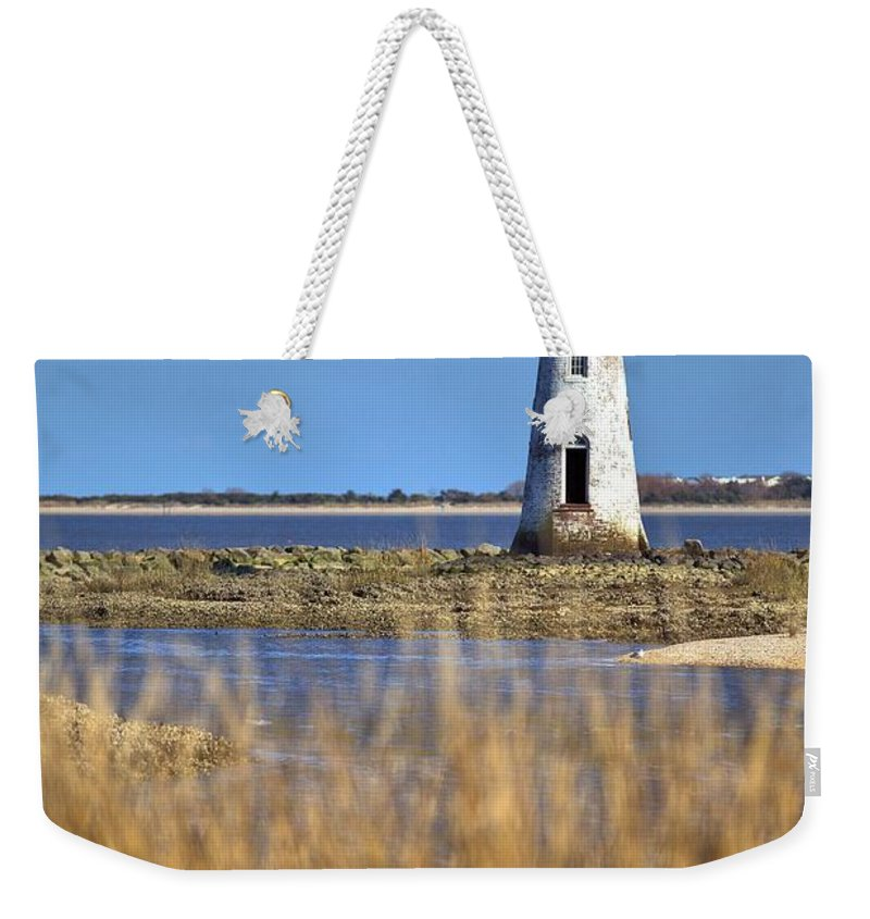 9616 Weekender Tote Bag featuring the photograph Cockspur Lighthouse In The Sanannah River by Gordon Elwell