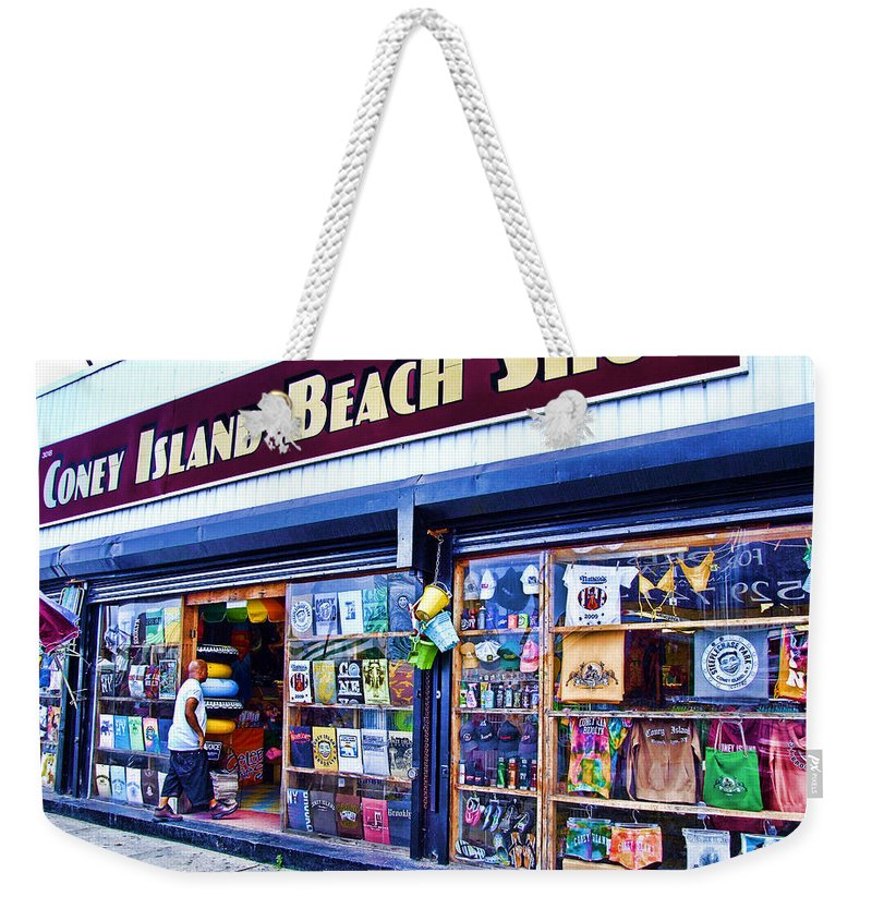 Coney Island Weekender Tote Bag featuring the photograph Coney Island Beach Shop by Nishanth Gopinathan
