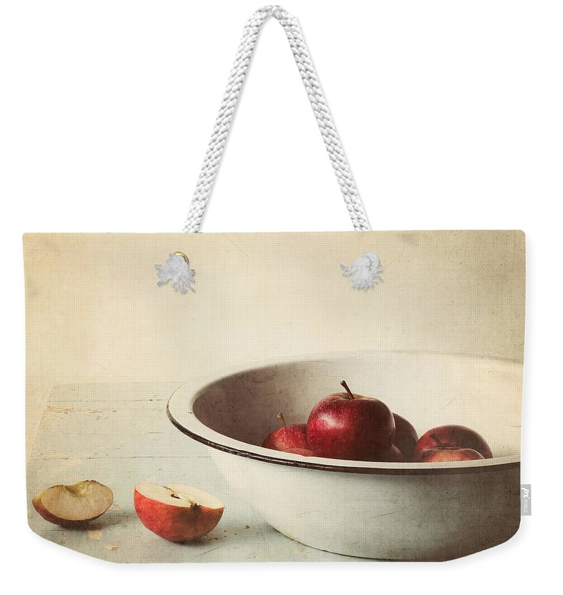 Apple Weekender Tote Bag featuring the photograph Country Morning by Amy Weiss