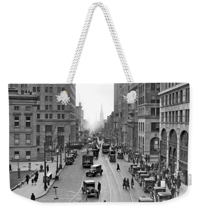 1931 Weekender Tote Bag featuring the photograph Court Street In Brooklyn by Underwood Archives