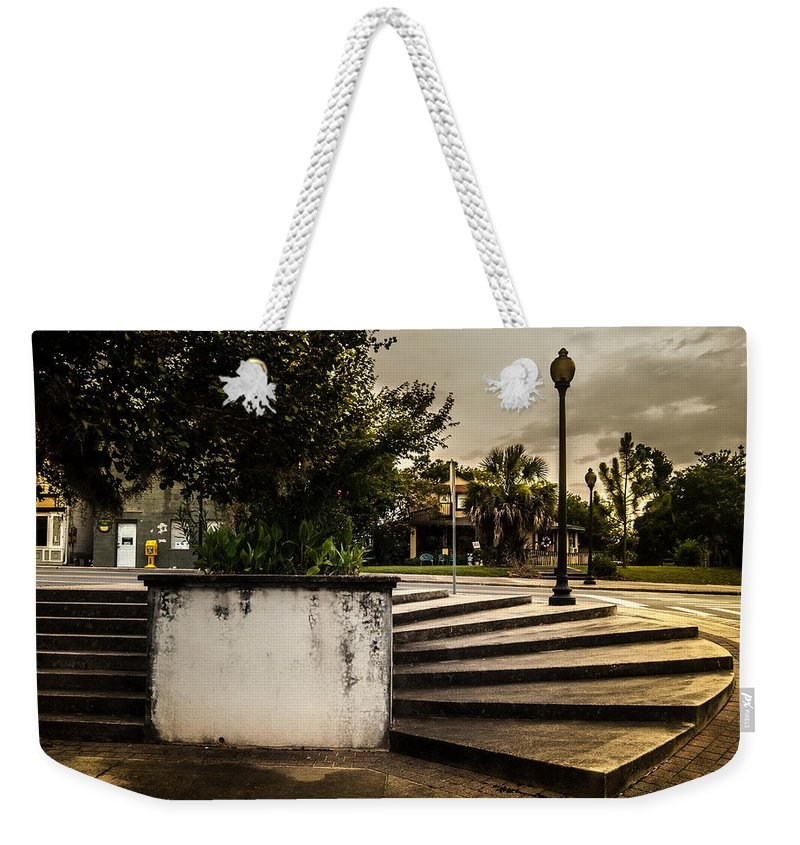 Curved Weekender Tote Bag featuring the photograph Curved Decent by Jon Cody