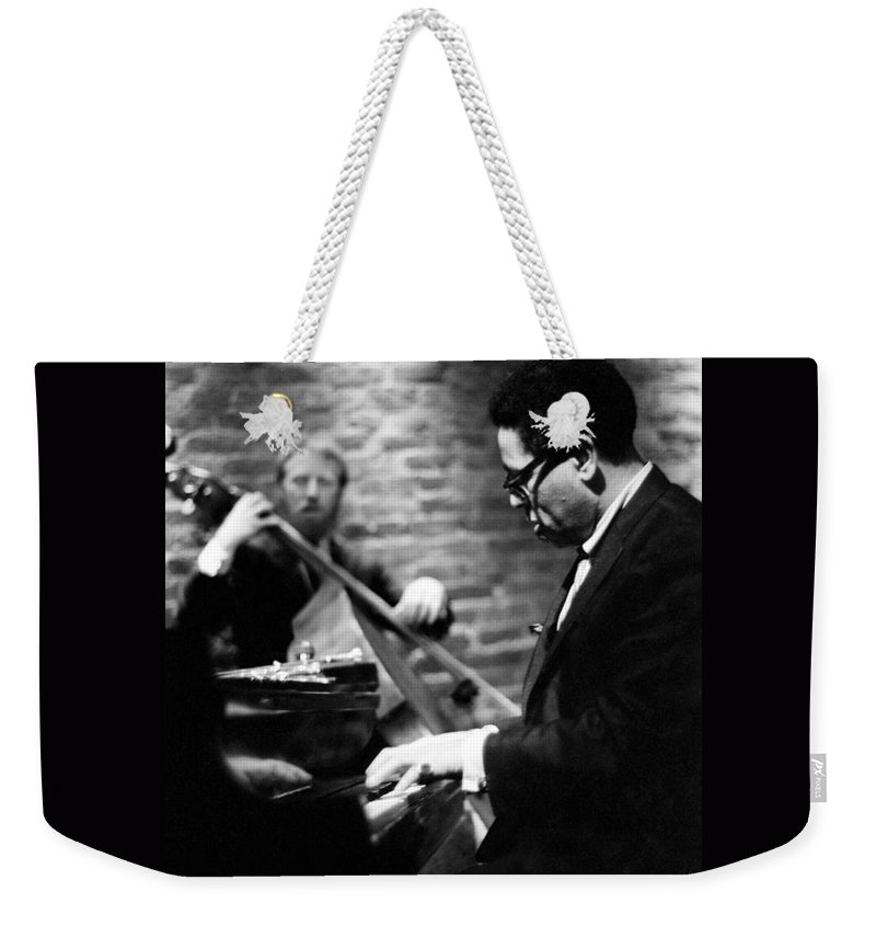 Dizzy Weekender Tote Bag featuring the photograph Dizzy On Piano by Dave Coleman