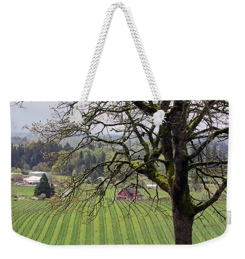 Dundee Hills Weekender Tote Bag featuring the photograph Dundee Hills Wine Country by Elizabeth Rose