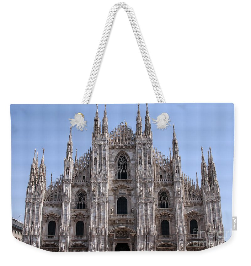 Milan Cathedral Italy Duomo Di Milano Cathedrals Church Churches Building Buildings Spire Spires Places Places Of Worship Structure Structures Landmark Landmarks Cityscape Cityscapes Weekender Tote Bag featuring the photograph Duomo Di Milano by Bob Phillips